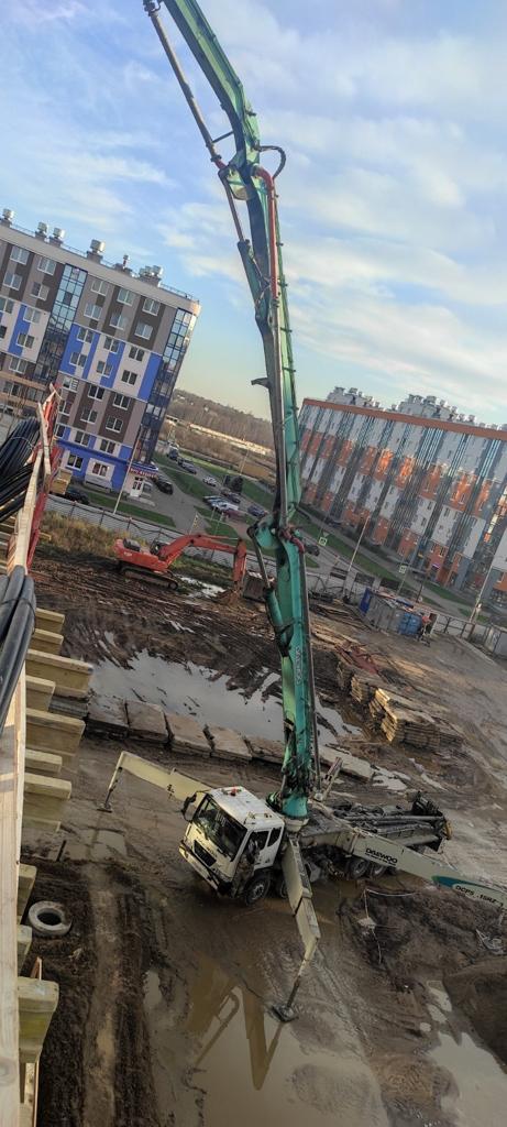 Автобетононасос 53 метра ЖК Ясно Янино