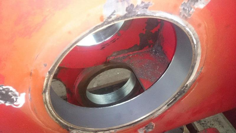 Восстановление отверстий без демонтажа установки