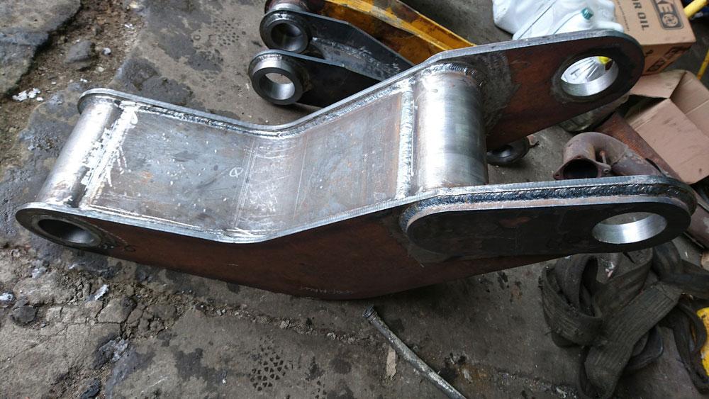 Изготовление и монтаж рычагов механизма раскладки стрелы